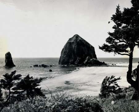 Haystack Rock is one of Cannon Beach's, and probably Oregon's, most photographed landmark.